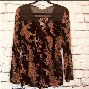 Band of Gypsies Floral Burnout Velvet Tunic Medium